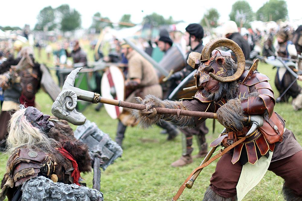 Batalla LARP en el evento Drachenfest en Alemania